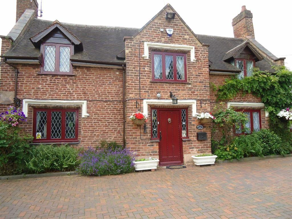 4 Bedrooms Country House Character Property for sale in Wolverhampton Road, Stourbridge, DY7