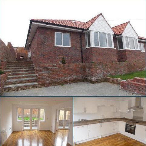 3 bedroom semi-detached bungalow to rent - Court Farm Road , Newhaven, East Sussex