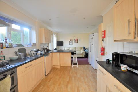 5 bedroom semi-detached house to rent - Lime Grove, Guildford, Surrey
