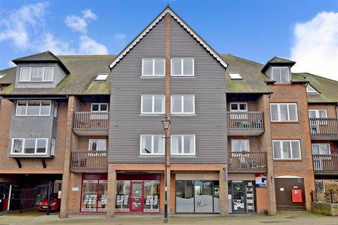 2 bedroom flat for sale - Queen Street, Arundel, West Sussex