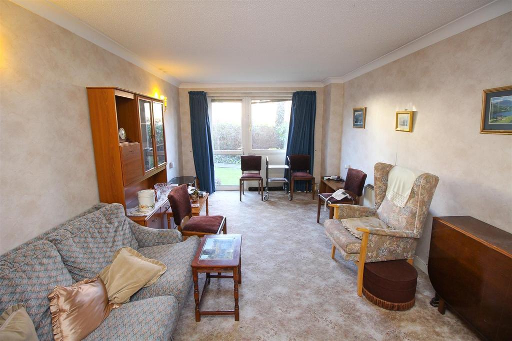 Lounge Additional