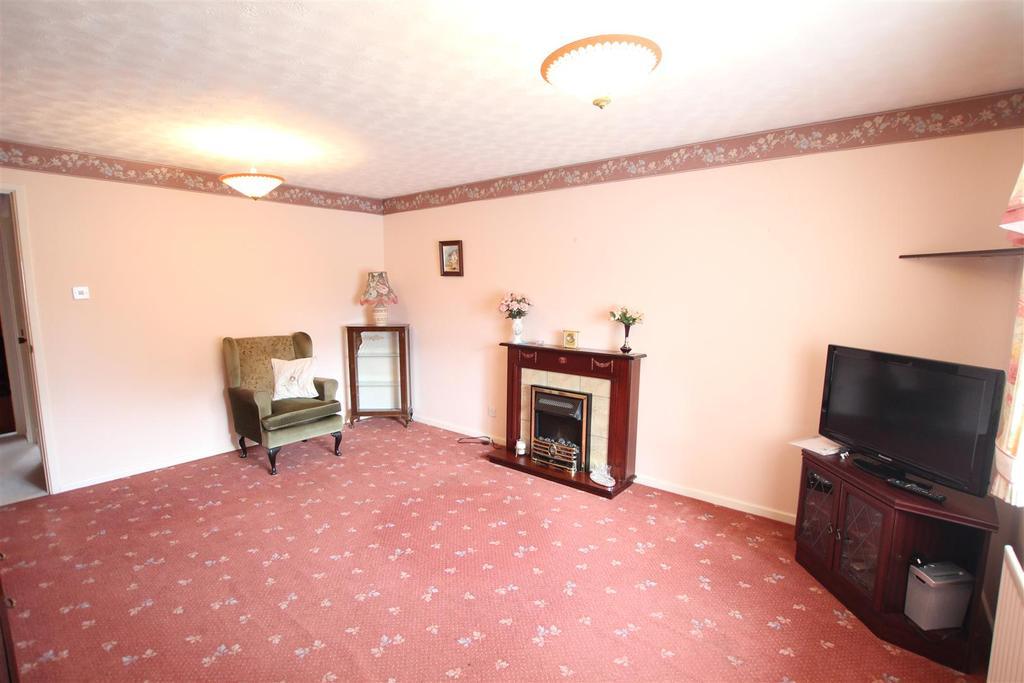 Lammermuir Close, Darlington 2 bed semi-detached bungalow for sale ...