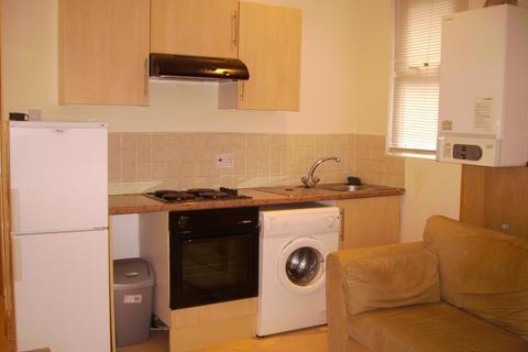 Studio to rent - F3 94, Claude Road, Roath, Cardiff, South Wales, CF24 3QD