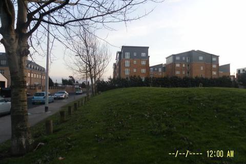 2 bedroom flat to rent - 88 Moorhead Close, Block D Lewis Road, Splott, Cardiff, South Wales, CF24 5FD