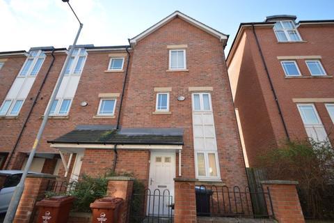 4 bedroom house to rent - Mackworth Street, Manchester