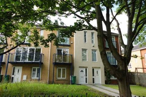 4 bedroom house to rent - Royce Road, Manchester