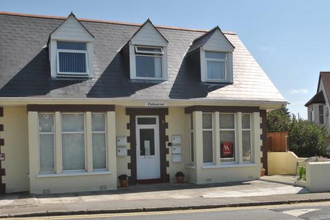 1 bedroom apartment to rent - Edgcumbe Avenue, Newquay