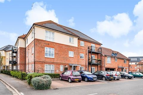 2 bedroom flat for sale - Beech House, 1 Stone Well Road, Staines-upon-Thames, Surrey