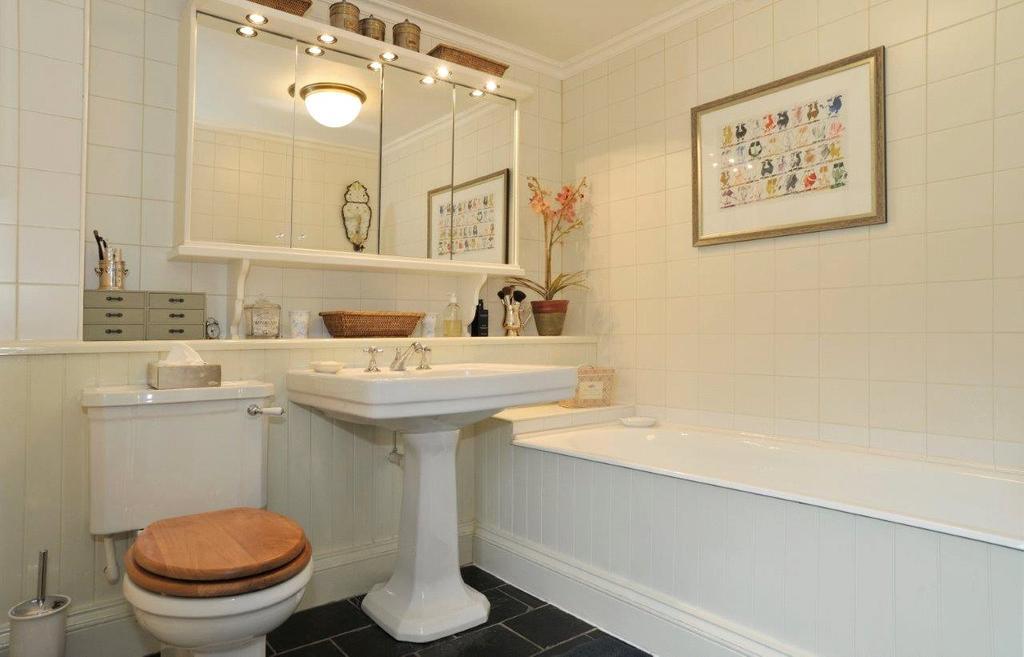 Lot 1 Bathroom