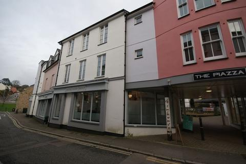 2 bedroom flat for sale - The Piazza, Bodmin