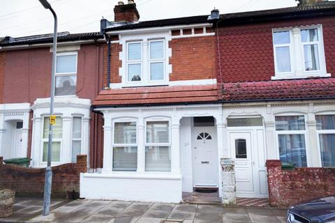 3 bedroom semi-detached house to rent - Mafeking Road, Southsea, PO4 9BE