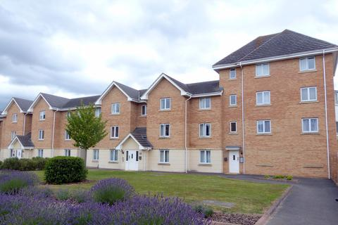 2 bedroom apartment to rent - Lloyd Close, Cheltenham