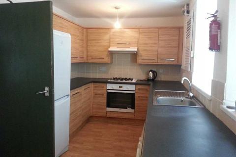 5 bedroom house share to rent - Park Street, Pontypridd
