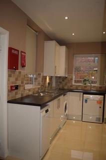 3 bedroom house share to rent - Cunliffe St, Stockport , Greater Manchester SK3