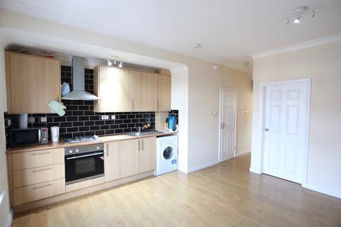 2 bedroom maisonette to rent - Stoke Road, Slough