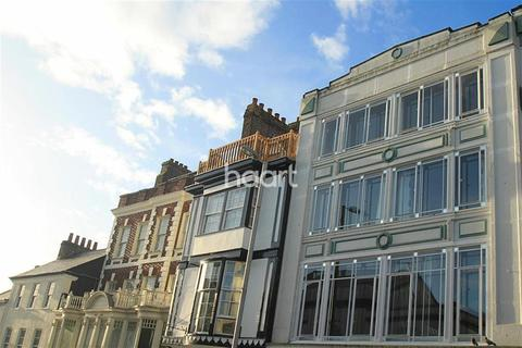 2 bedroom flat to rent - Fore Street Exeter EX4