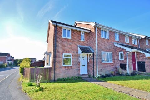 2 bedroom house for sale - Winchester