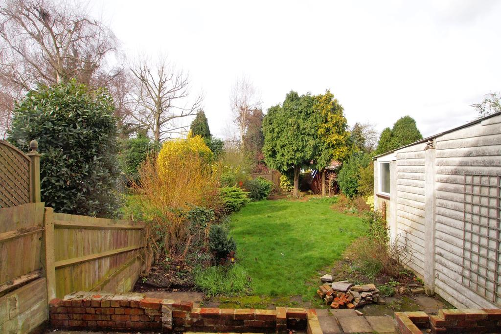 Timbercroft Epsom Kt19 3 Bed Semi Detached House To Rent