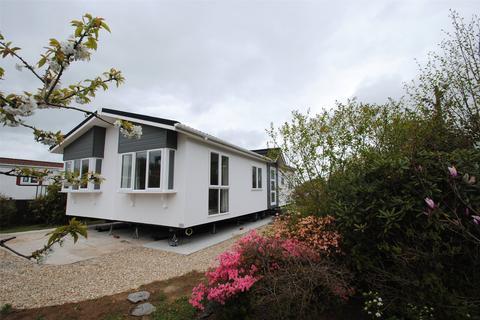 2 bedroom detached bungalow for sale - Trekestle Park, Tregadillett