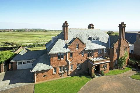 6 bedroom property with land for sale - Stanley Road, Hoylake