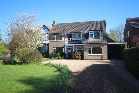 3 bedroom detached house to rent - Leicester Rd, Uppingham