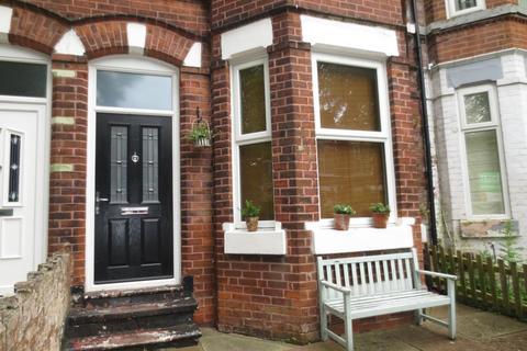 4 bedroom semi-detached house to rent - Montrose Avenue, West Didsbury, M20