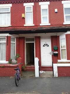 4 bedroom terraced house to rent - Ruskin Avenue, Manchester  M14
