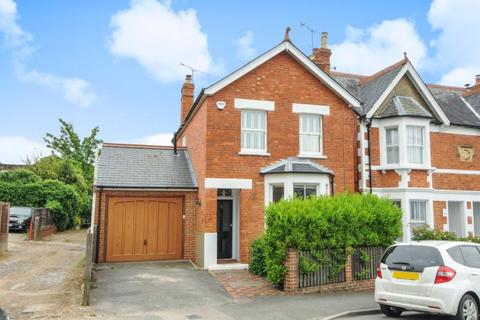 3 bedroom detached house to rent - Queens Road, Sunninghill, SL5