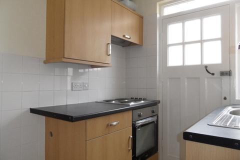 2 bedroom apartment to rent - 44 Belgrave Court Walter Road Swansea