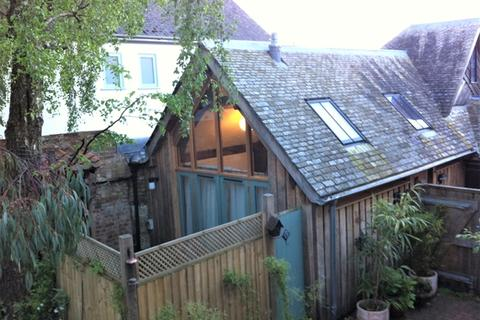 1 bedroom bungalow to rent - Topsham - Small beautifully converted, open-plan Hayloft in Ferry Road