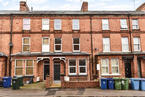 1 bedroom apartment to rent - Marlborough Road,  Garden Flat,  OX16