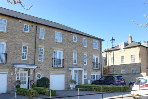 4 bedroom townhouse for sale - Beverley Road, Anlaby