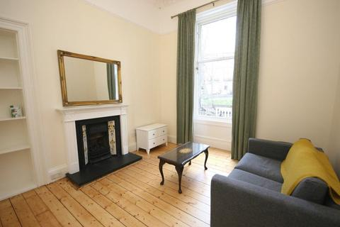 3 bedroom flat to rent - Bellevue Crescent, Edinburgh