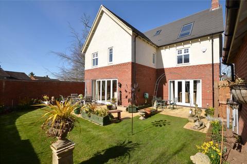5 bedroom detached house for sale - James Way, Scraptoft, Leicestershire