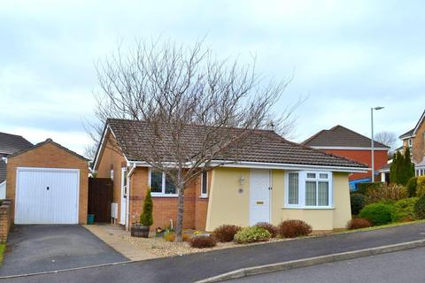 2 bedroom detached bungalow for sale - Hendre Owain, Sketty, Swansea