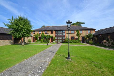 3 bedroom barn conversion for sale - Newington, Folkestone, Kent