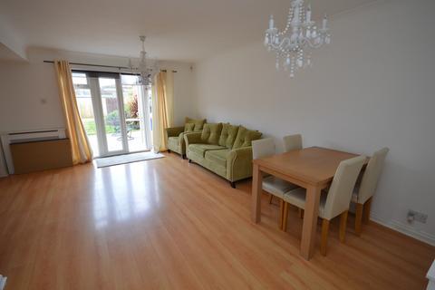 3 bedroom end of terrace house to rent - Stubbs Mews, Dagenham, Essex, RM8