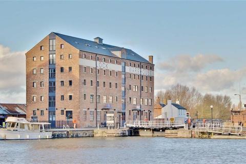 2 bedroom apartment for sale - Lock Warehouse, The Docks, Gloucester