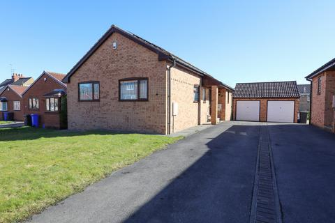 3 bedroom detached bungalow for sale - School Road, Beighton