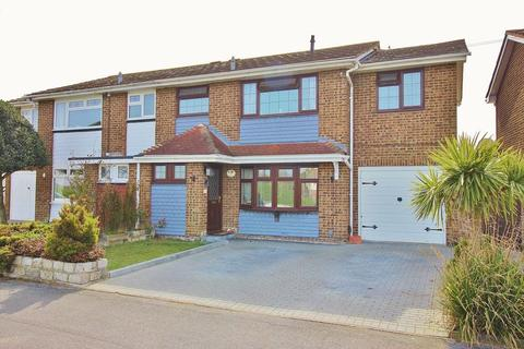 4 bedroom semi-detached house for sale - Moorings Way, Milton