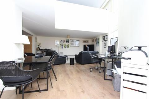 1 bedroom ground floor maisonette to rent - Gallery Square, Walsall