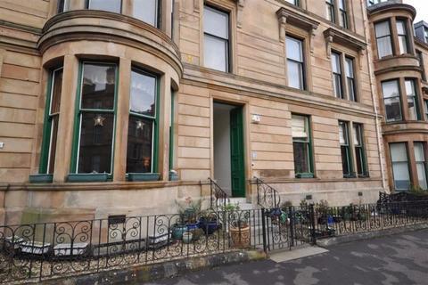 3 bedroom flat to rent - Glencairn Drive, Pollokshields, Glasgow, G41 4QN