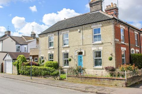 3 bedroom end of terrace house to rent - Gloucester Street, Norwich, NR2