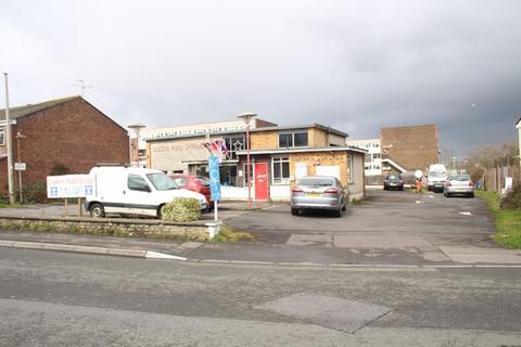 Property to rent - Queens Road, Keynsham, Bristol
