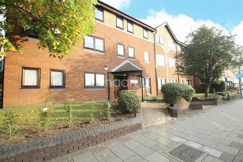 1 bedroom flat for sale - Ashton Court, Chadwell Heath
