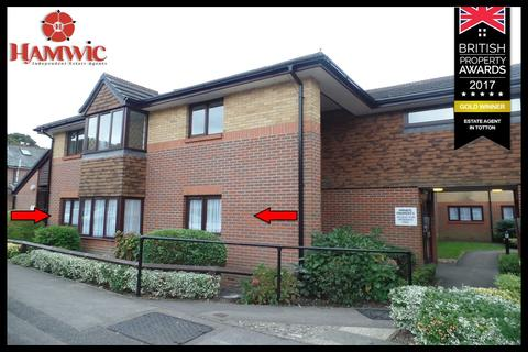 1 bedroom ground floor flat for sale - Chestnut Lodge, Sherwood Close, Bassett, Southampton SO16