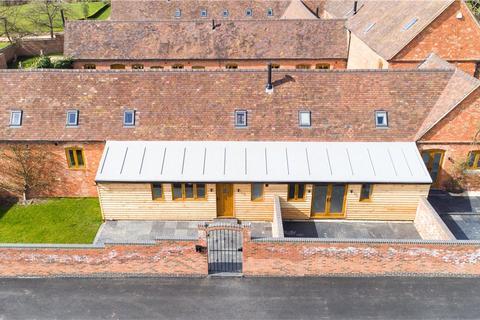 3 bedroom barn for sale - Upper Wawensmoor, Wawensmere Road, Wootton Wawen, Henley-In-Arden, B95