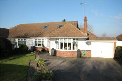 3 bedroom semi-detached bungalow for sale - Great Tattenhams, Epsom