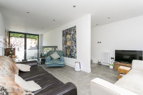 3 bedroom townhouse for sale - Ashdown Close, Tunbridge Wells