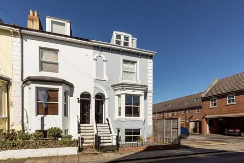 4 bedroom terraced house for sale - Albany Road, Southsea